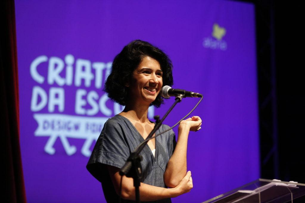 Carolina Pasquali na premiação do Desafio Criativos da Escola 2018. Foto: Marina Cavalcante.